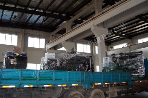 重庆多台柴油发电机组成功出厂 发货现场 第1张