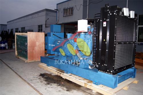 出口比利时的700KW奔驰发电机组成功出厂