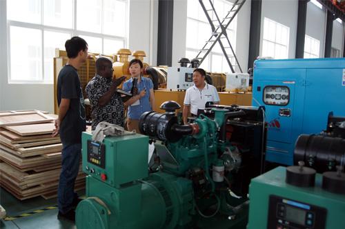 加纳客户来访我公司工厂签购多台发电机组 公司新闻 第1张