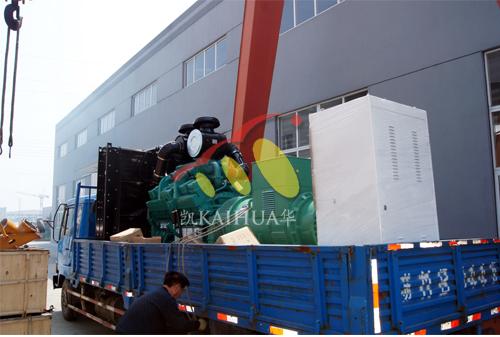 江苏钢铁800KW康明斯发电机组成功出厂 发货现场 第1张