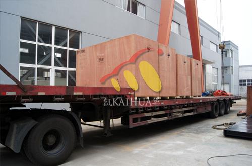 出口柬埔寨的四台静音康明斯发电机组成功出厂 发货现场 第2张