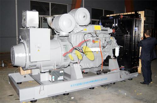 四川机场700KW珀金斯发电机组成功出厂 发货现场 第1张