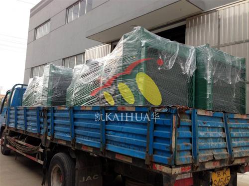 出口安哥拉的6台康明斯发电机组成功出厂 发货现场 第1张