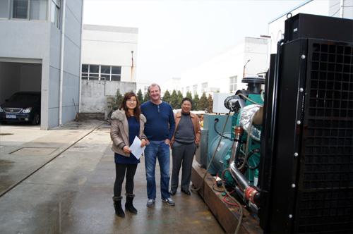 加拿大客户来访我公司工厂签订多台发电机组 公司新闻 第1张