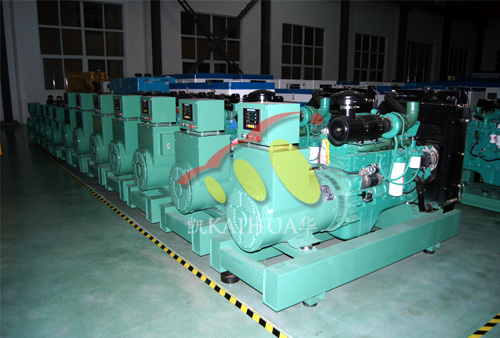 出口荷兰的12台康明斯柴油发电机组成功出厂 发货现场 第1张