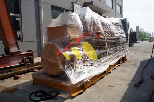 出口安哥拉的两台800KW济柴机组成功出厂