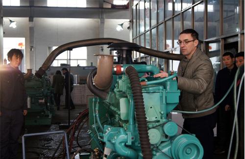 俄罗斯客户来访我公司验收船用发电机组 公司新闻 第3张
