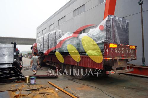出口印尼6台500KW康明斯并机机组今日成功出厂 发货现场 第4张
