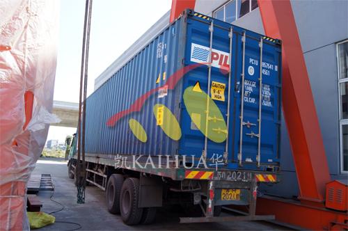 出口印尼6台珀金斯发电机组今日成功出厂 发货现场 第4张