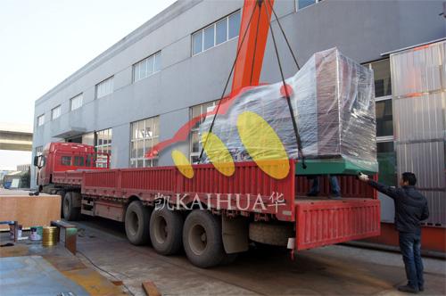 宜昌电气公司2台500KW康明斯机组今日成功出厂 发货现场 第3张