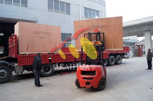 出口乌克兰2台100KW康明斯静音机组今日成功出厂 发货现场 第3张