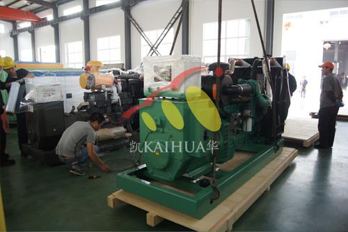 出口赞比亚的四台柴油发电机组成功出厂 发货现场 第2张