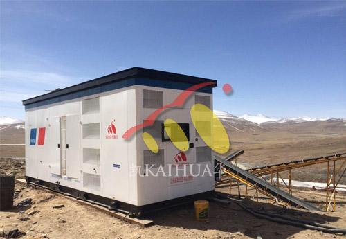 西藏阿里1300KW奔驰静音发电机组成功交付