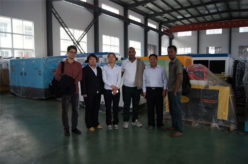 肯尼亚客户来访我公司工厂订购多台机组 公司新闻 第1张