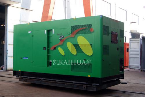 出口西非6台康明斯静音机组今日成功出厂 发货现场 第1张