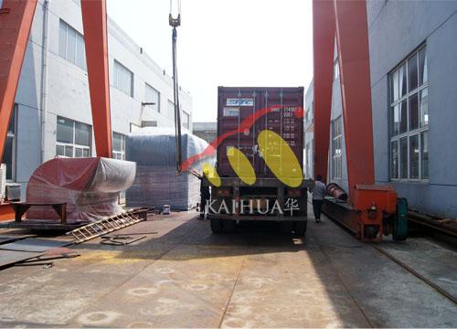 菲律宾5台康明斯静音机组今日成功出厂 发货现场 第4张