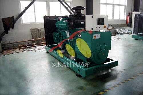 杭州1台300KW康明斯机组今日成功出厂 发货现场 第1张