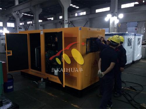 广东1台康明斯低噪音发电机组成功出厂