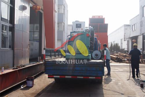 南京电气设备公司1台350KW上海柴油发电机组今日成功出厂 发货现场 第3张