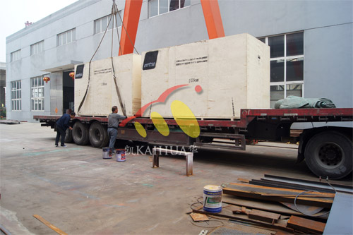出口南非2台200KW奔驰静音机组今日成功出厂 发货现场 第3张