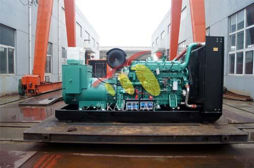 出口南亚一台400KW玉柴发电机组今日成功出厂 发货现场 第2张