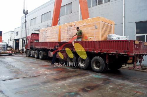 出口印尼2台500KW康明斯静音机组今日成功出厂 发货现场 第3张