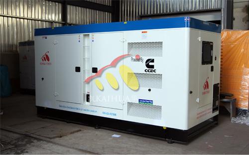 出口1台300KW康明斯静音机组成功出厂 发货现场 第1张