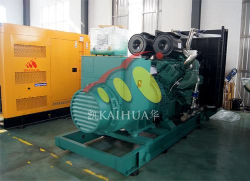 江西房地产1台800KW无动机组今日成功出厂 发货现场 第1张