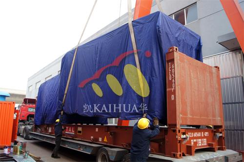 出口南美4台800KW康明斯静音机组今日成功出厂 发货现场 第3张