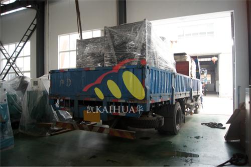 上海2台康明斯发电机组今日成功出厂 发货现场 第4张