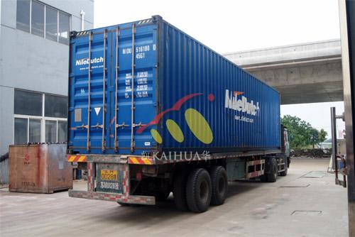出口南非12台发电机组今日成功出厂 发货现场 第3张