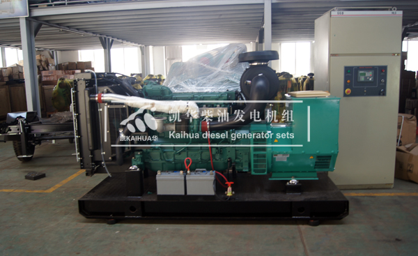 山东市政200KW全自动沃尔沃发电机组成功出厂 发货现场 第2张