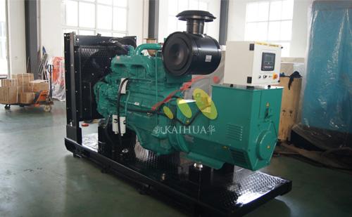出口北美的一台300KW康明斯发电机组成功出厂 发货现场 第1张