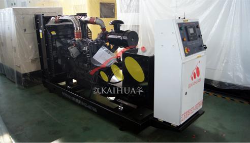 湖南1台200KW上柴发电机组今日成功出厂 发货现场