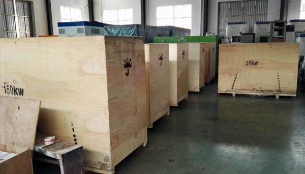 出口安哥拉的8台康明斯发电机组成功出厂 发货现场 第2张
