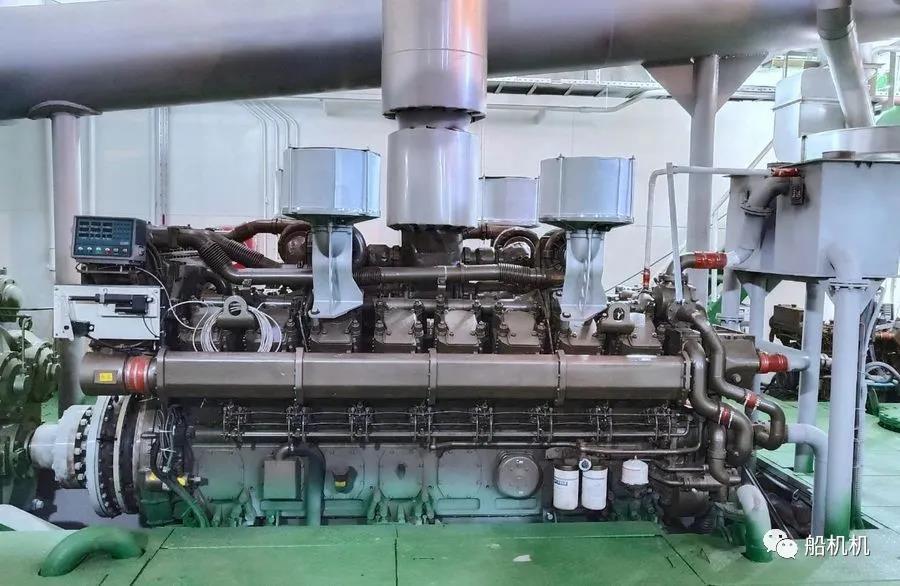 玉柴3000马力双主机万吨级工程船顺利下水 行业动态 第2张