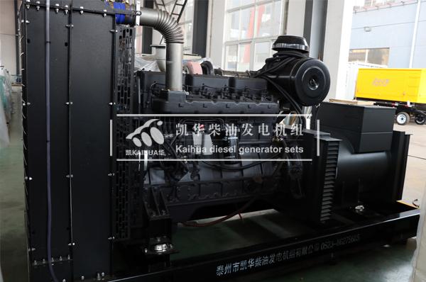 大连某酒店300KW上柴柴油发电机组今日成功出厂 发货现场 第2张